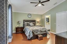 612-56th-Ave.-S--St.-Petersburg--FL-33705--17--Owner-s-Suite.jpg
