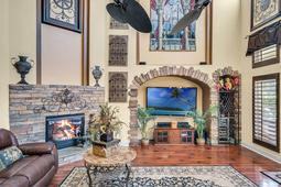 8537-Cypress-Hollow-Ct--Sanford--FL-32771----14---Family-Room.jpg