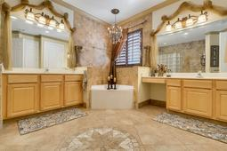 8537-Cypress-Hollow-Ct--Sanford--FL-32771----25---Master-Bathroom.jpg