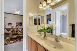 8537-Cypress-Hollow-Ct--Sanford--FL-32771----31---Bathroom.jpg