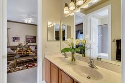 8537-Cypress-Hollow-Ct--Sanford--FL-32771----31---Bathroom.jpg