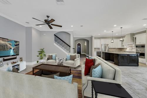 504-Greely-St--Orlando--FL-32804----Virtual-Staging--Family-Room.jpg