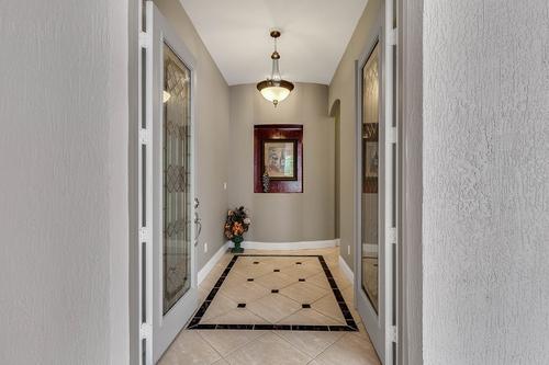 19437-Sheldon-St--Orlando--FL-32833---08---Foyer.jpg