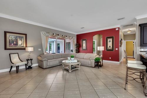 19437-Sheldon-St--Orlando--FL-32833---15---Family-Room.jpg