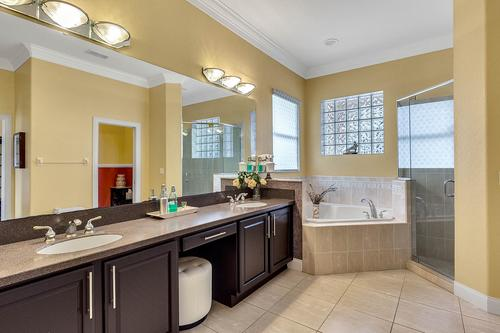 19437-Sheldon-St--Orlando--FL-32833---20---Master-Bathroom.jpg