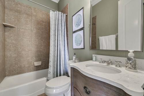 17050-Royal-Palm-Dr--Groveland--FL-34736----40---Bathroom.jpg
