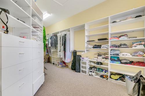 10909-Emerald-Chase-Dr--Orlando--FL-32836---24---Closet.jpg