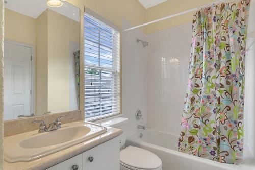 10909-Emerald-Chase-Dr--Orlando--FL-32836---31---Bathroom.jpg