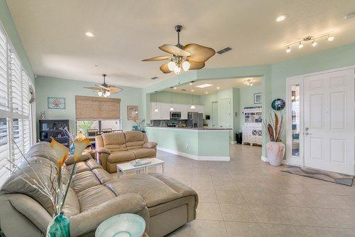 106-Indian-Wells-Ave--Kissimmee--FL-34759----05---Family-Room.jpg