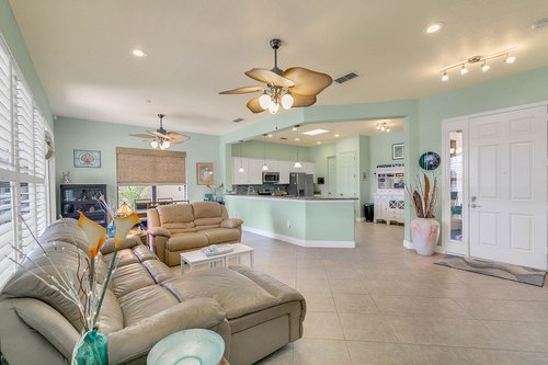106-Indian-Wells-Ave--Kissimmee--FL-34759----05---Family-Room.jpg