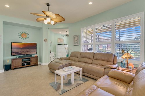 106-Indian-Wells-Ave--Kissimmee--FL-34759----06---Family-Room.jpg
