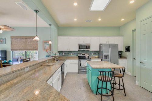 106-Indian-Wells-Ave--Kissimmee--FL-34759----11---Kitchen.jpg