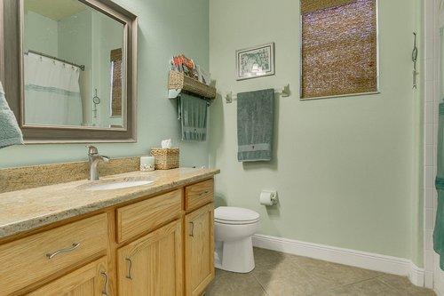 106-Indian-Wells-Ave--Kissimmee--FL-34759----19---Bathroom.jpg
