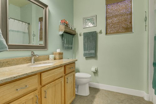 106-Indian-Wells-Ave--Kissimmee--FL-34759----19---Bathroom.jpg