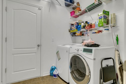 10019-Armando-Cir--Orlando--FL-32825----24---Laundry.jpg