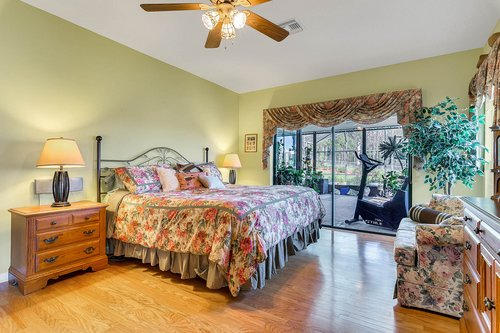 23115-Glory-Rd--Howey-In-The-Hills--FL-34737----23---Master-Bedroom.jpg