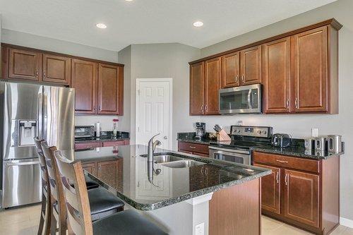 556-Blue-Cypress-Dr--Groveland--FL-34736----12---Kitchen.jpg