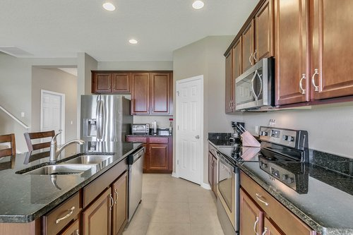 556-Blue-Cypress-Dr--Groveland--FL-34736----15---Kitchen.jpg