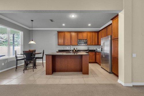13239-Jervey-St--Windermere--FL-34786---10---Kitchen.jpg