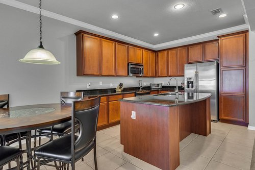 13239-Jervey-St--Windermere--FL-34786---11---Kitchen.jpg