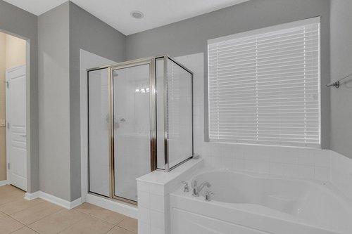 13239-Jervey-St--Windermere--FL-34786---19---Master-Bathroom.jpg