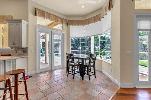 8712-Scenic-Oak-Ct--Orlando--FL-32836---11---Breakfast-Nook.jpg