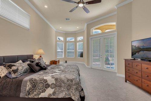 8712-Scenic-Oak-Ct--Orlando--FL-32836---15---Master-Bedroom.jpg