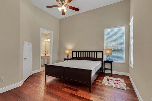 8712-Scenic-Oak-Ct--Orlando--FL-32836---17---Bedroom.jpg