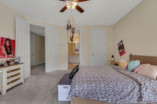 8712-Scenic-Oak-Ct--Orlando--FL-32836---20---Bedroom.jpg
