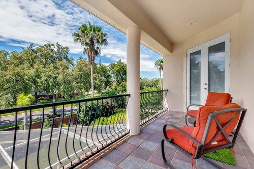 8712-Scenic-Oak-Ct--Orlando--FL-32836---21---Balcony.jpg