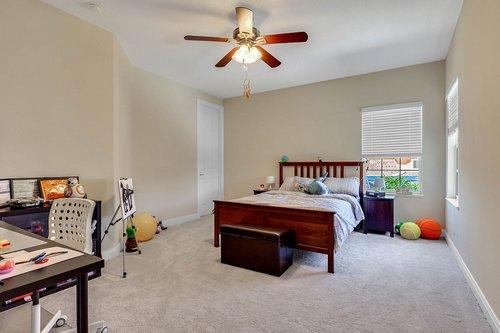 8712-Scenic-Oak-Ct--Orlando--FL-32836---23---Bedroom.jpg