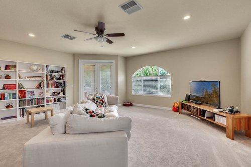 8712-Scenic-Oak-Ct--Orlando--FL-32836---25---Bonus-Room.jpg