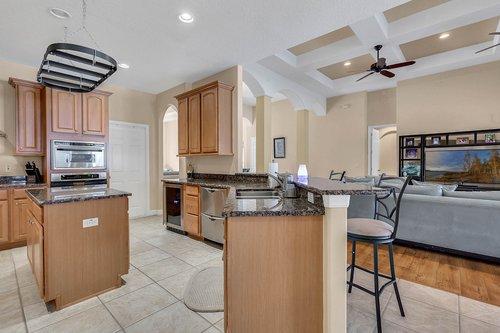 1940-Pamlynne-Pl--Windermere--FL-34786----14---Kitchen.jpg