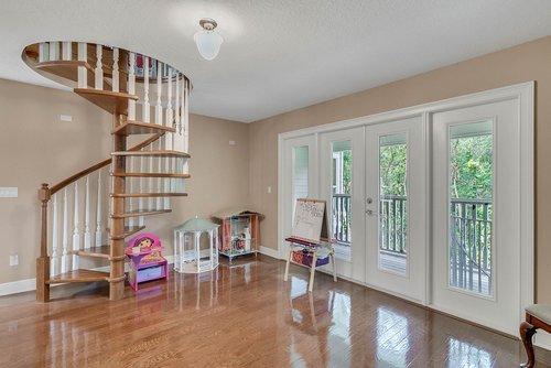 1950-Hempel-Ave--Windermere--FL-34786----16---Bonus-Room.jpg