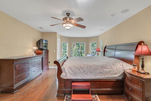 1950-Hempel-Ave--Windermere--FL-34786----19---Master-Bedroom.jpg
