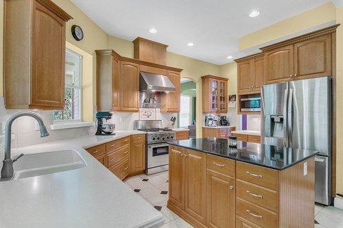 Reshoot---1950-Hempel-Ave--Windermere--FL-34786----17---Kitchen.jpg