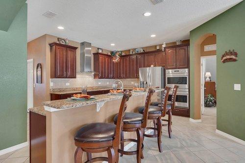 15301-Hayworth-Dr--Winter-Garden--FL-34787----12---Kitchen.jpg