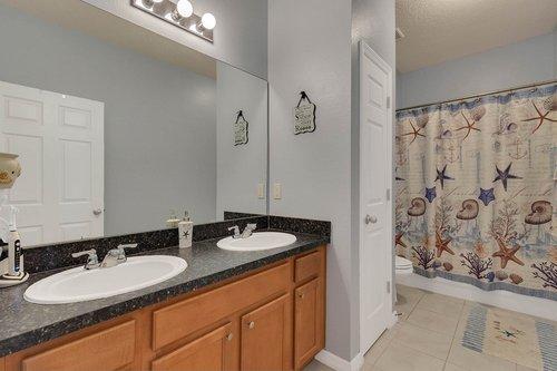 15301-Hayworth-Dr--Winter-Garden--FL-34787----24---Bathroom.jpg