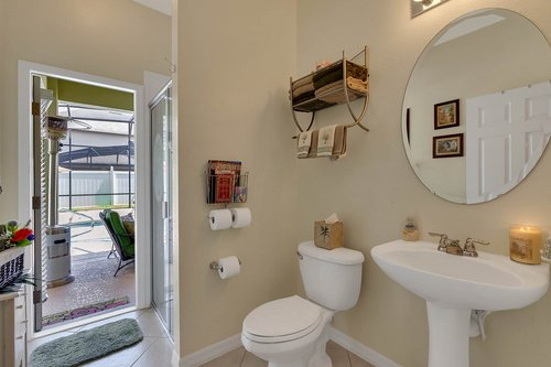 15301-Hayworth-Dr--Winter-Garden--FL-34787----29---Bathroom.jpg