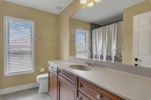 3106-Falconhill-Dr--Apopka--FL-32712----19---Bathroom.jpg