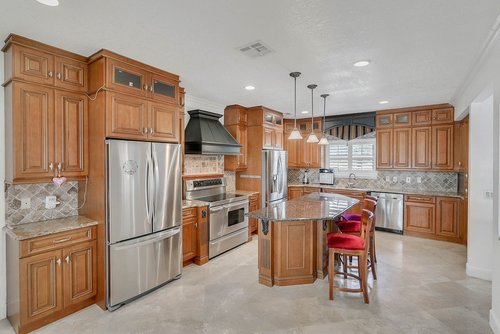 176-Vista-Oak-Dr--Longwood--FL-32779----15---Kitchen.jpg