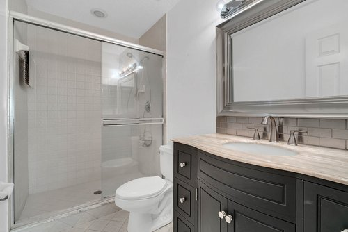 176-Vista-Oak-Dr--Longwood--FL-32779----31---Bathroom.jpg