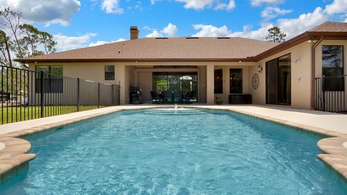 1795-Curryville-Rd--Chuluota--FL-32766----07---Pool.jpg