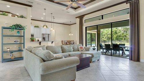 1795-Curryville-Rd--Chuluota--FL-32766----15---Family-Room.jpg