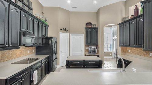 346-Savannah-Holly-Ln--Sanford--FL-32771-----16---Kitchen.jpg