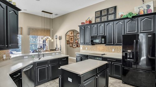 346-Savannah-Holly-Ln--Sanford--FL-32771-----17---Kitchen.jpg
