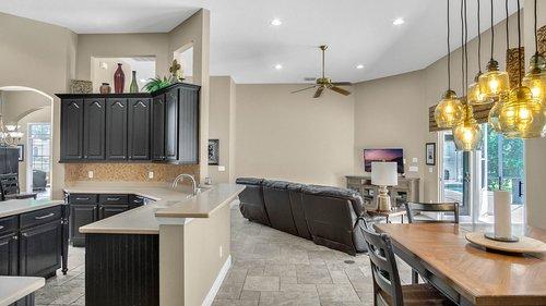 346-Savannah-Holly-Ln--Sanford--FL-32771-----18---Kitchen.jpg