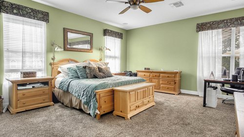 346-Savannah-Holly-Ln--Sanford--FL-32771-----20---Master-Bedroom.jpg