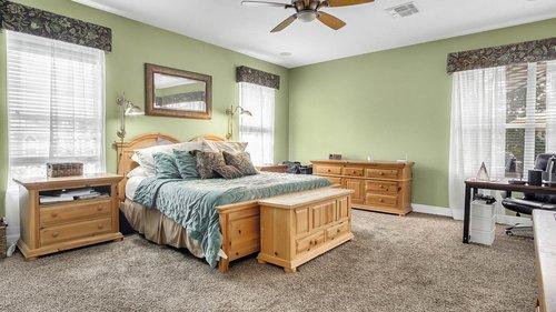 346-Savannah-Holly-Ln--Sanford--FL-32771-----20---Master-Bedroom.jpg
