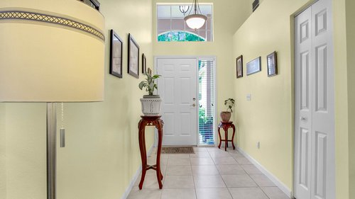 1370-Black-Willow-Trail--Altamonte-Springs--FL-32714----03---Foyer.jpg